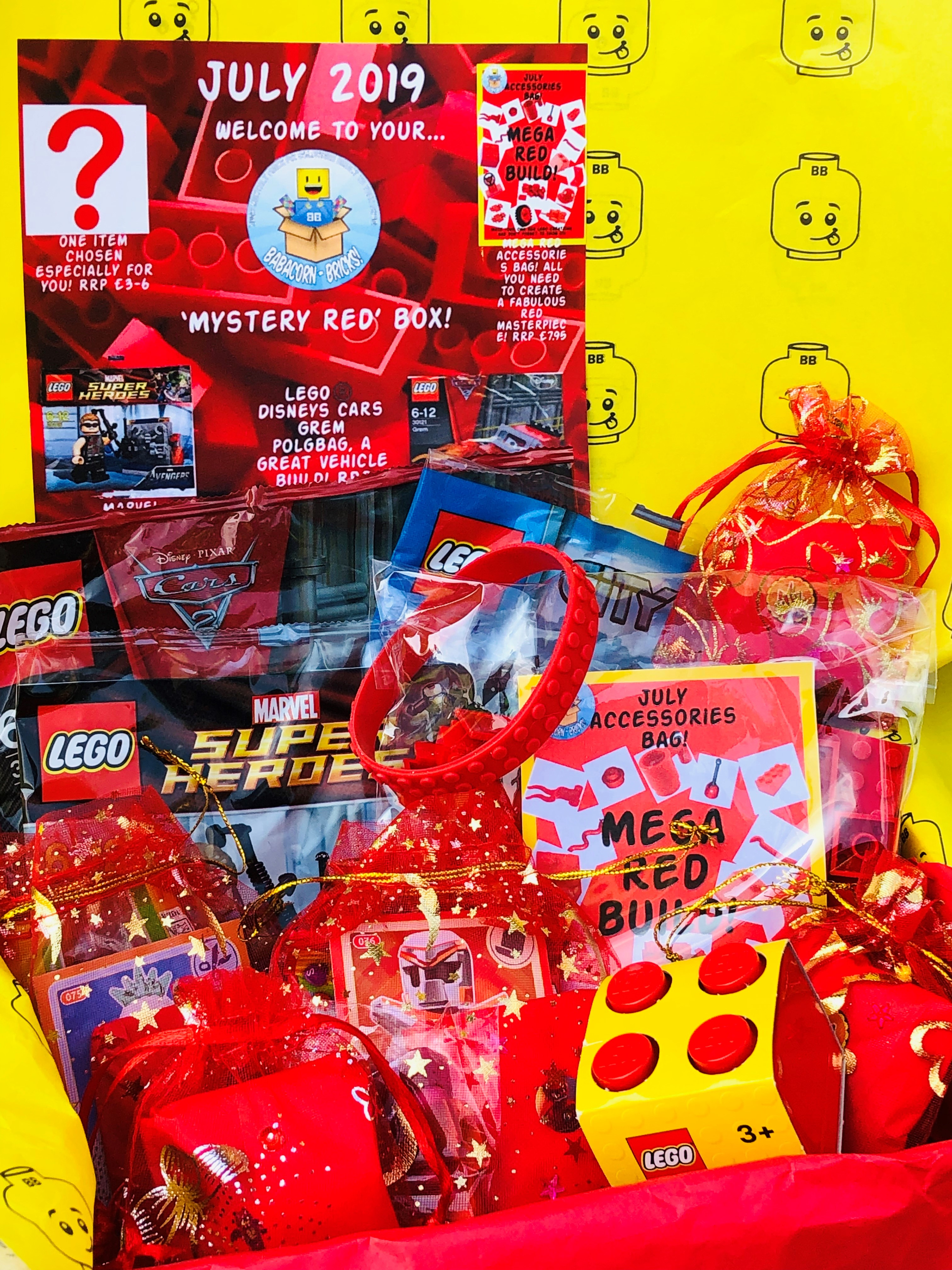 July 2019 Box 'Mystery Red'