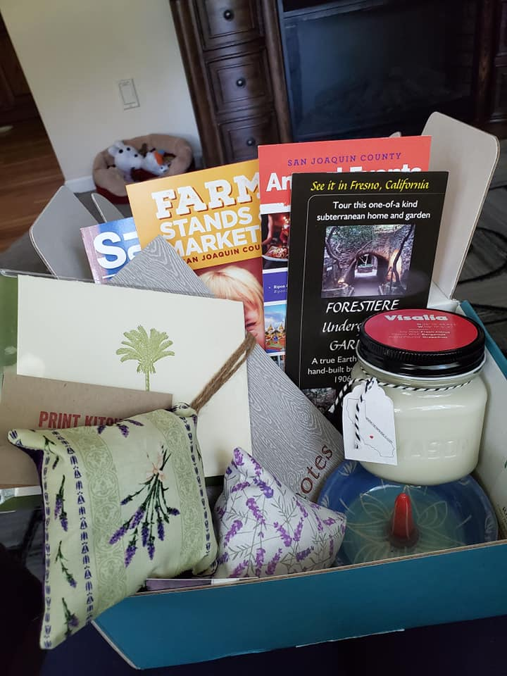 """I love everything about this box!! especially that all of the contents are from small local businesses, and even the box itself is beautiful! I highly recommend this subscription!"" - Stephanie"