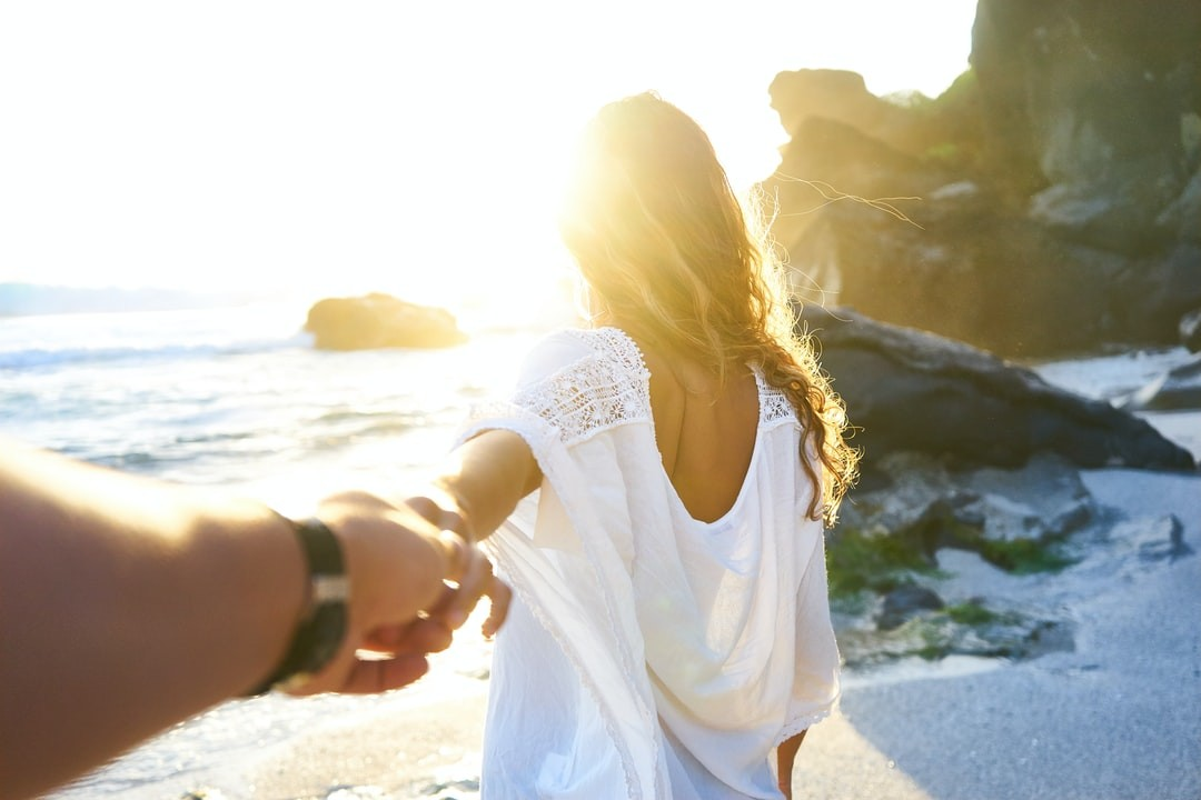 12 Sizzling Summer Date Ideas for Couples for 2021