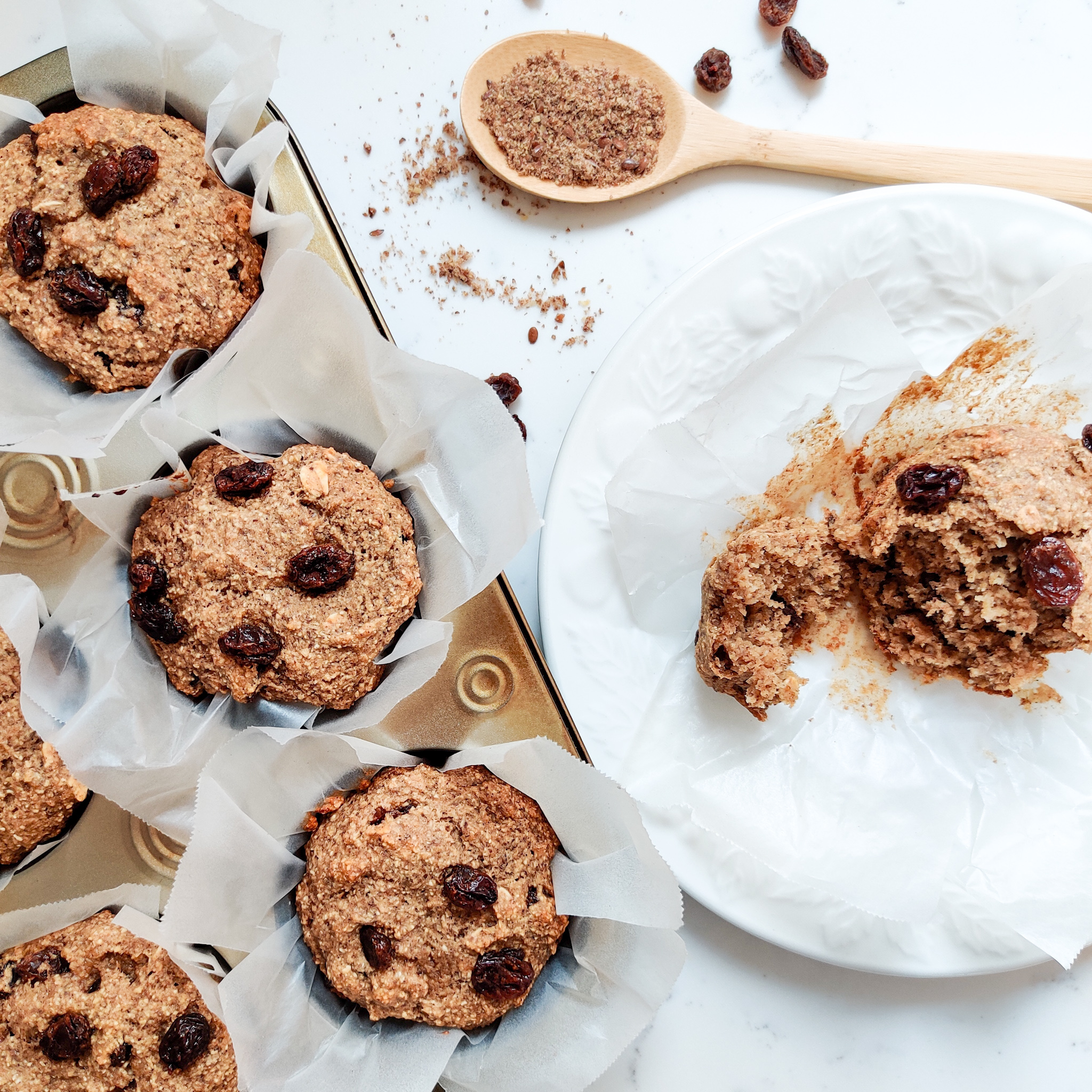 Cinnamon Raisin Oat Muffins